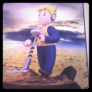 Fallout Fortune Finder Perk Figure